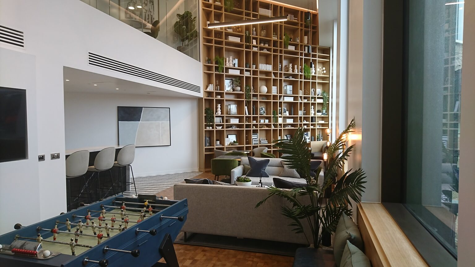 lobby-hotel-refurbishment-reception-2